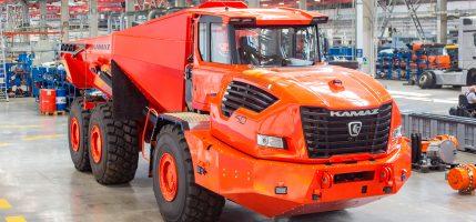 «КАМАЗ» презентовал новый карьерный самосвал КАМАЗ-6561